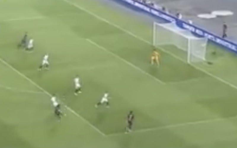 Zelfs Messi kan ogen niet geloven van hemelse knal Dembélé