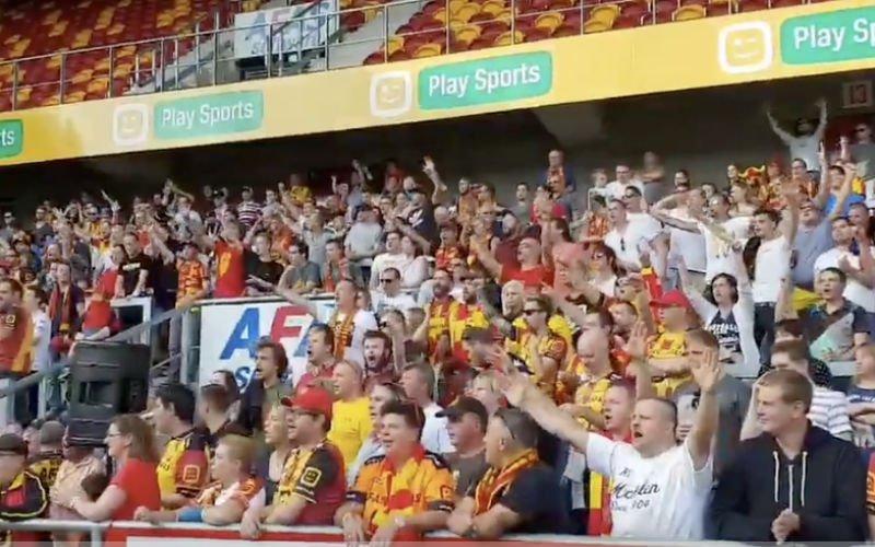 KV Mechelen-fans zorgen voor koppenvelmoment (VIDEO)