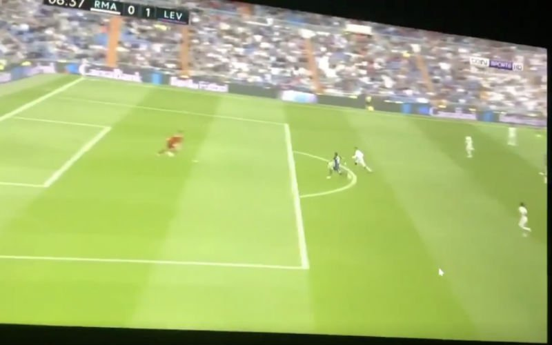 Courtois beleeft enorme nachtmerrie bij Real Madrid (VIDEO)