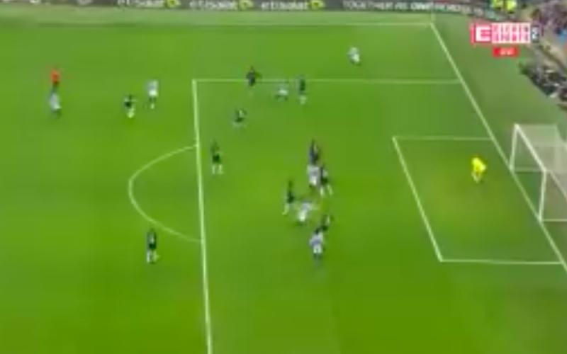 Kevin De Bruyne deelt héérlijke assist uit bij Man City (Video)