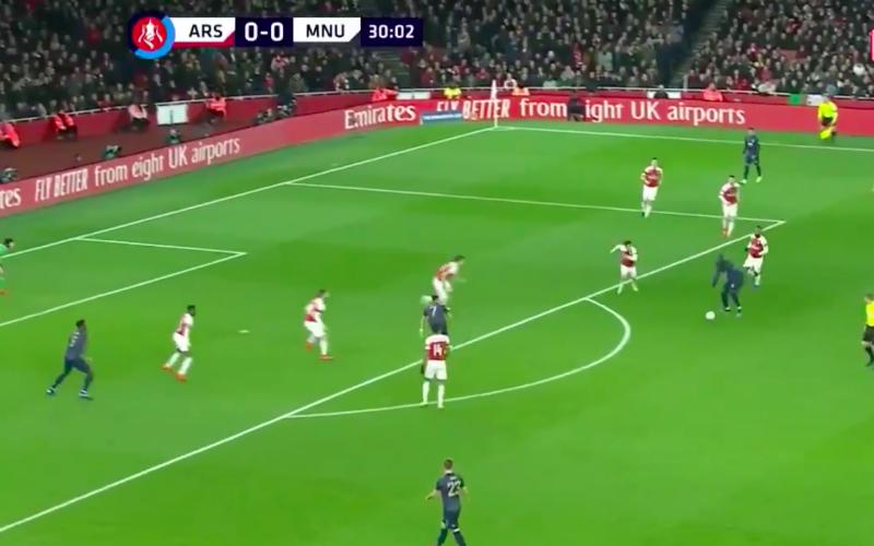 Romelu Lukaku pakt tegen Arsenal uit met briljante actie (VIDEO)