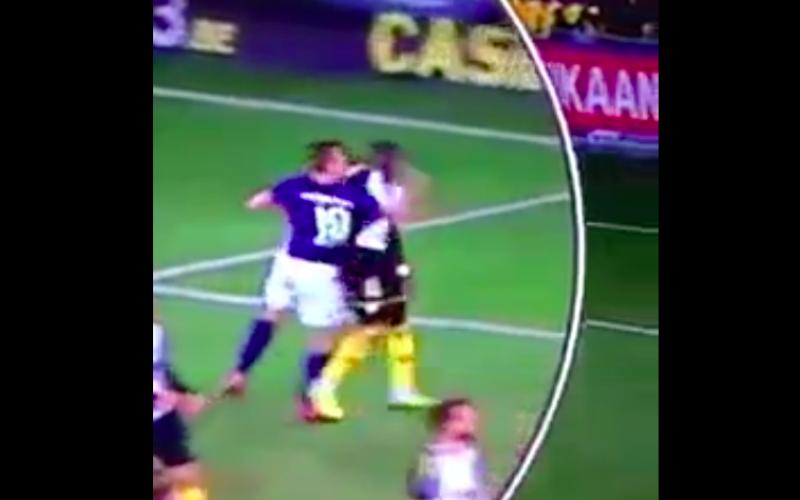 Santini slaat tegenstander vol in het gezicht, VAR grijpt niét in (VIDEO)