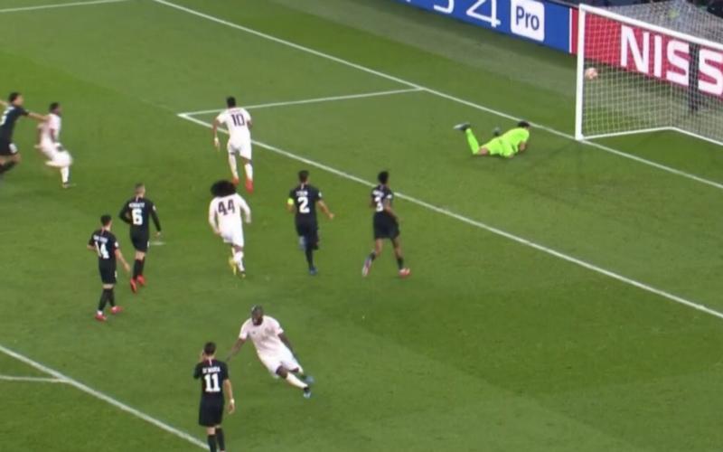 Zó viert Lukaku winning goal, United-fans worden hélemaal gek (VIDEO)