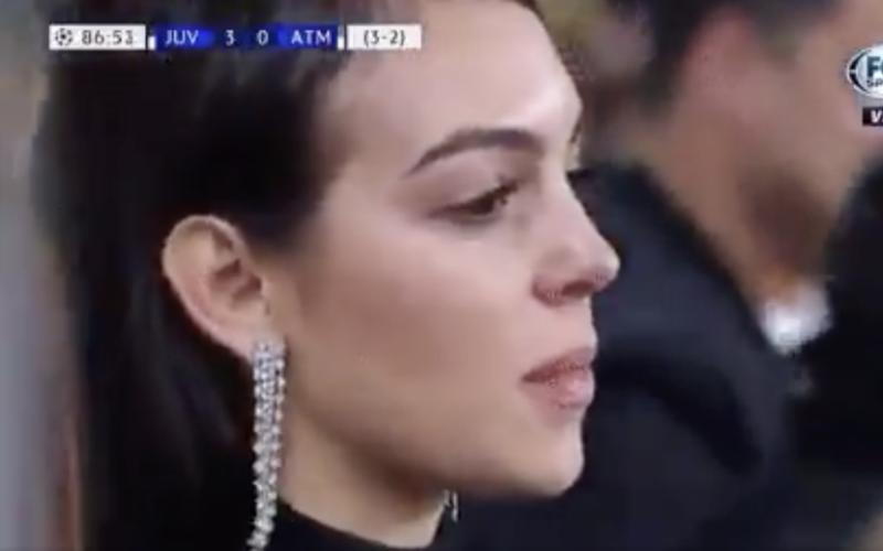 Georgina en Cristiano Jr verliezen het hélemaal bij 3-0 van Ronaldo (VIDEO)