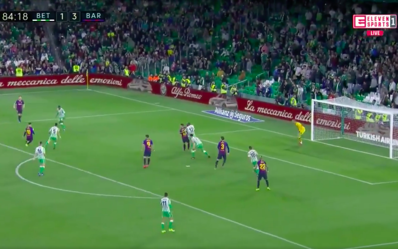 Lionel Messi pakt uit met geniale hattrick bij Barcelona (VIDEO)