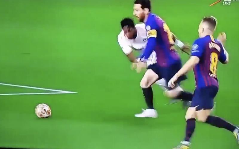Deze reactie van Pogba, vlak na het doelpunt van Messi, gaat viraal (VIDEO)