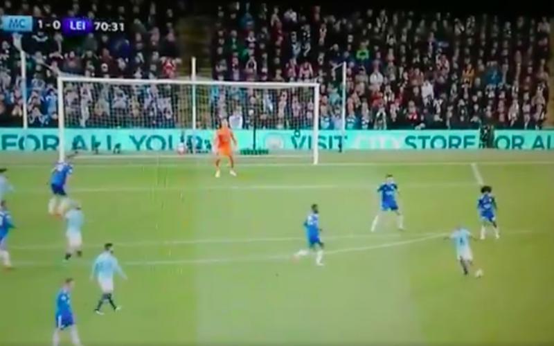 Vincent Kompany maakt het mooiste doelpunt uit zijn carrière (VIDEO)