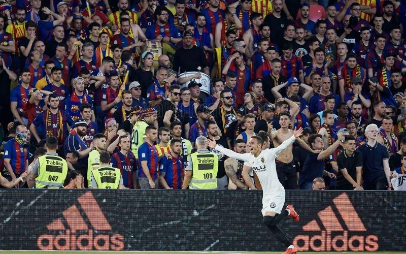 Valencia verrast Barcelona en wint Copa del Rey