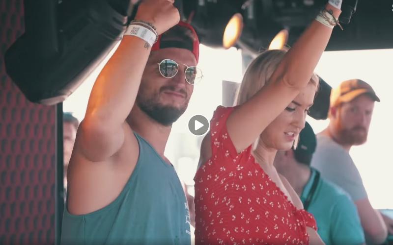 Dries Mertens en Kat Kerkhofs zorgen voor dolle taferelen op Rock Werchter (VIDEO)