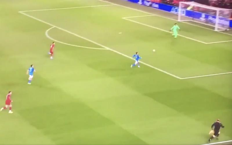Dries Mertens maakt heel fraai doelpunt tegen Liverpool (VIDEO)