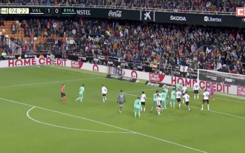 Waanzinnige actie van Thibaut Courtois gaat de wereld rond (VIDEO)