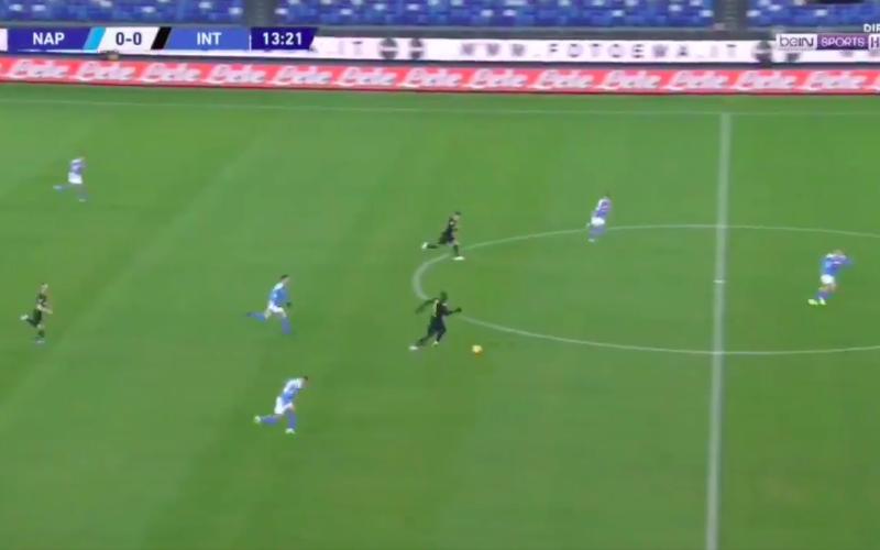 Lukaku vertrekt vanop eigen helft en maakt fantastische goal (VIDEO)