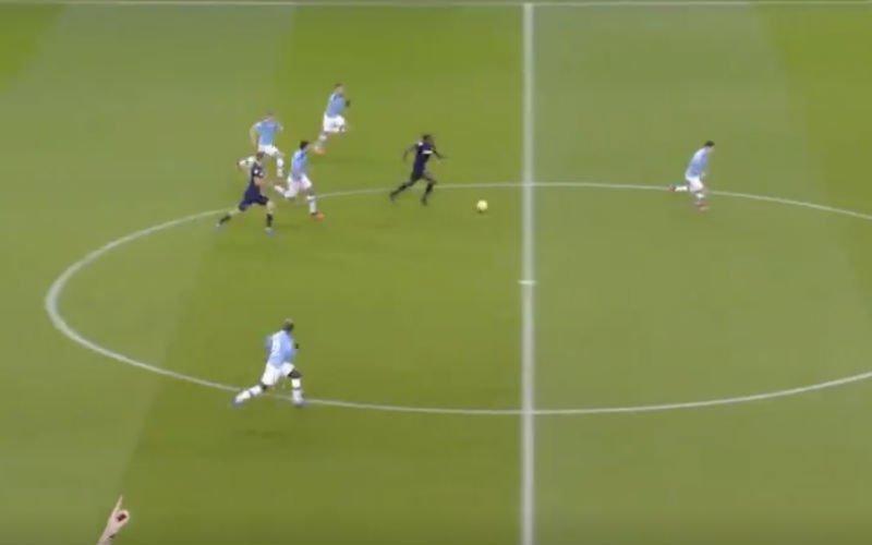 Ongelooflijk wat Kevin De Bruyne hier doet (VIDEO)