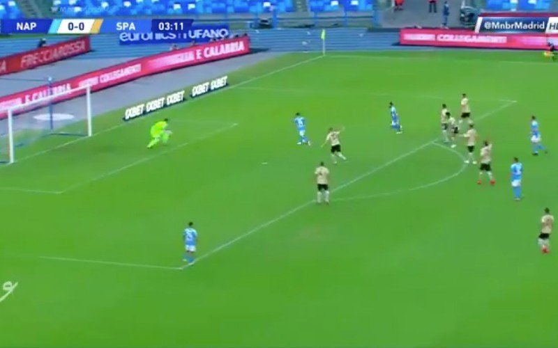 Dries Mertens maakt héérlijk doelpunt bij Napoli (VIDEO)