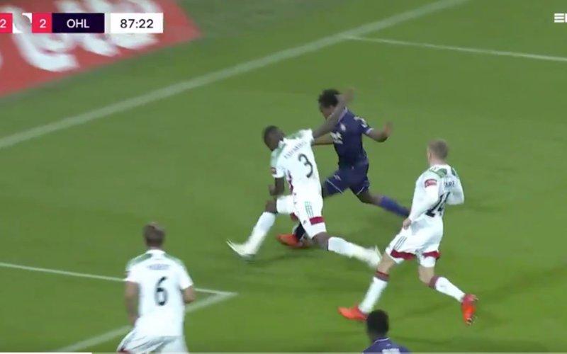 Ex-ref Bréda velt fors oordeel over niet-gefloten penalty voor Anderlecht