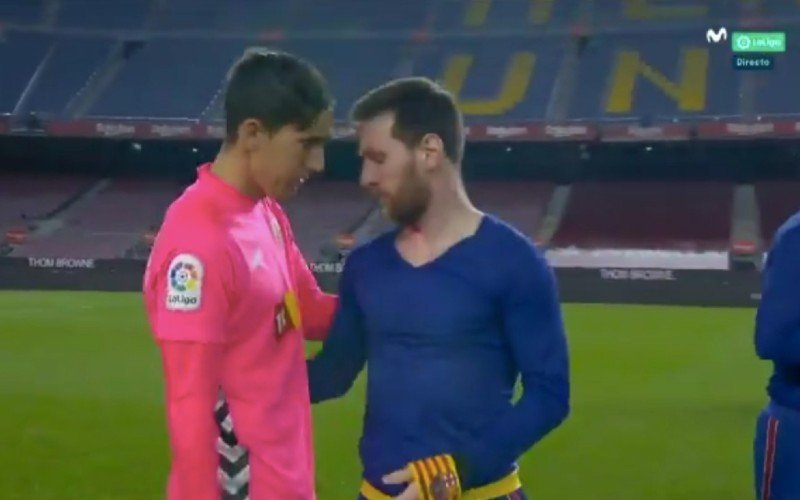 Iederéén heeft het over wat Messi hier na zege van Barcelona doet (VIDEO)