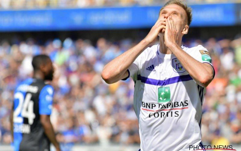 'Nieuwe club trekt stevig aan de mouw van Lukasz Teodorczyk'