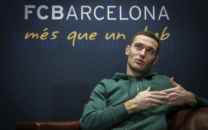 Barcelona maakt nieuw rugnummer van Vermaelen bekend