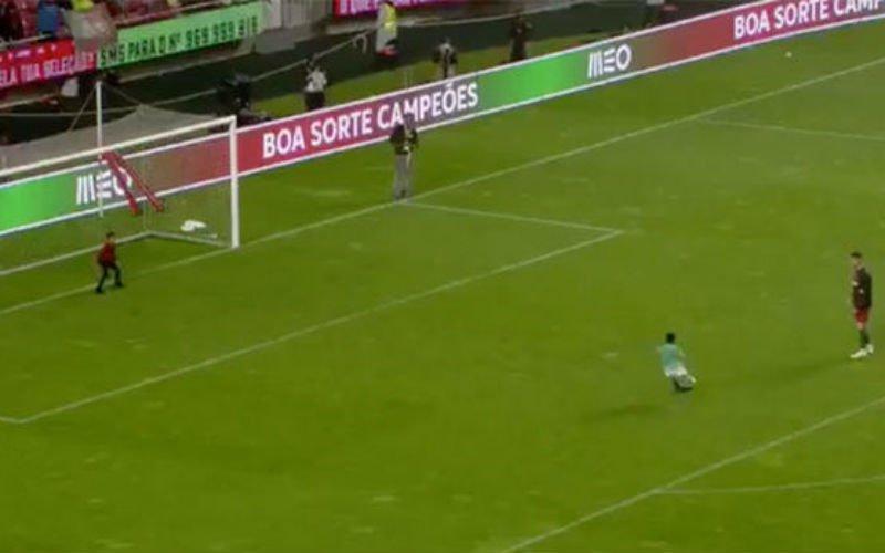Zoon van Ronaldo kopieert nu al zijn vader met fantastisch doelpunt (Video)