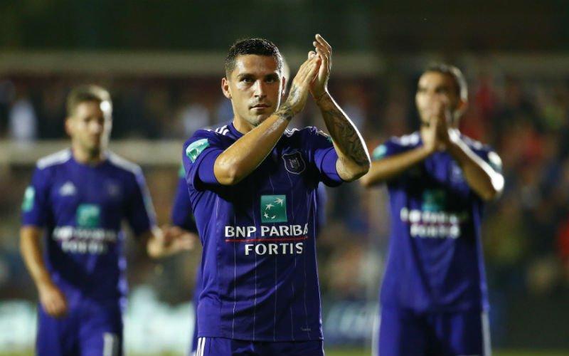 'Anderlecht stelt structureel onbekwame trainers aan'