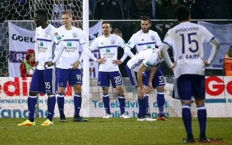 'Anderlecht gaat weer kopje onder, crisis helemaal compleet'