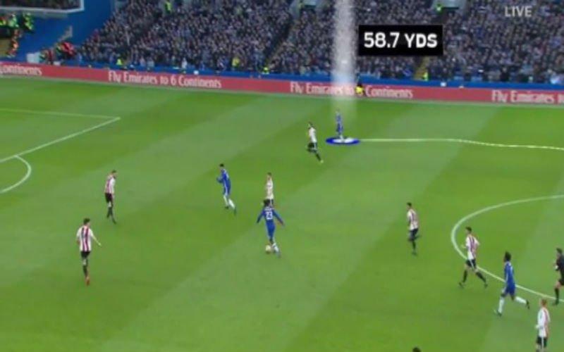 Michy Batshuayi zorgt (ongewild?) voor een knappe assist bij Chelsea (Video)