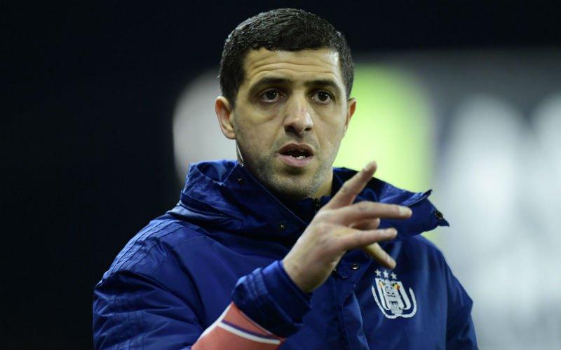 Opstellingen: Belhocine gooit alles om bij Anderlecht tegen Gent