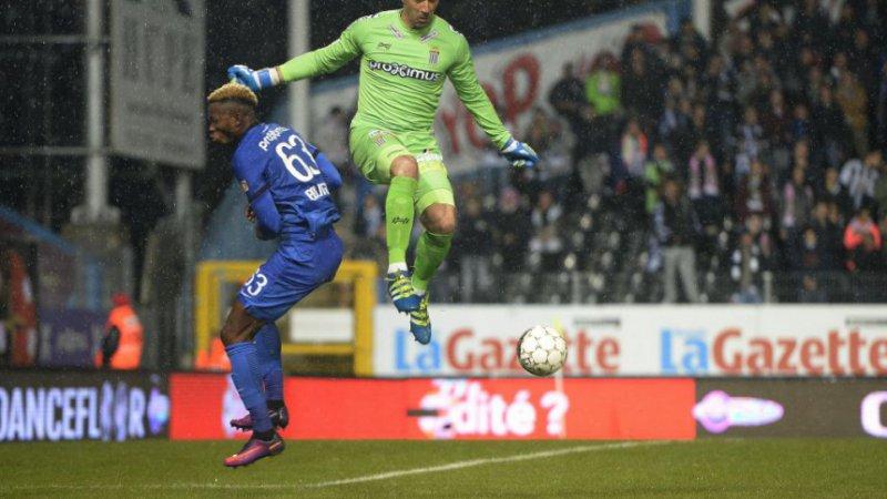 Ex-speler Club Brugge Bolingoli wordt beloond voor sterke prestaties