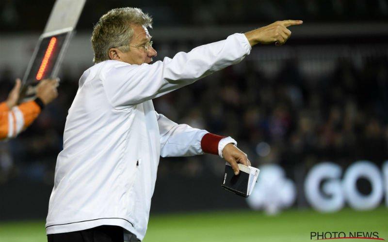 Bölöni zorgt voor twee verrassingen in elftal tegen KVK