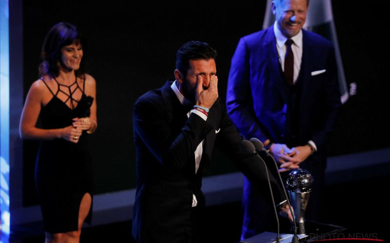 FIFA maakt enorme blunder bij 'doelman van het jaar'-verkiezing
