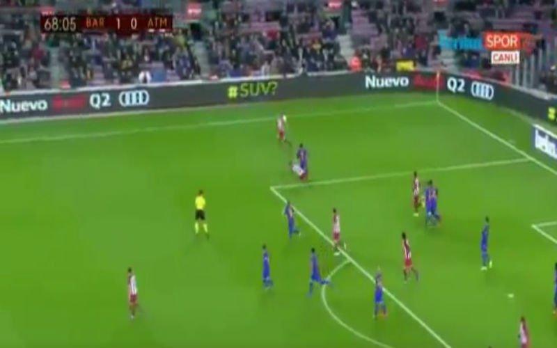 Yannick Carrasco krijgt rood tegen Barcelona na stevige tackle (Video)