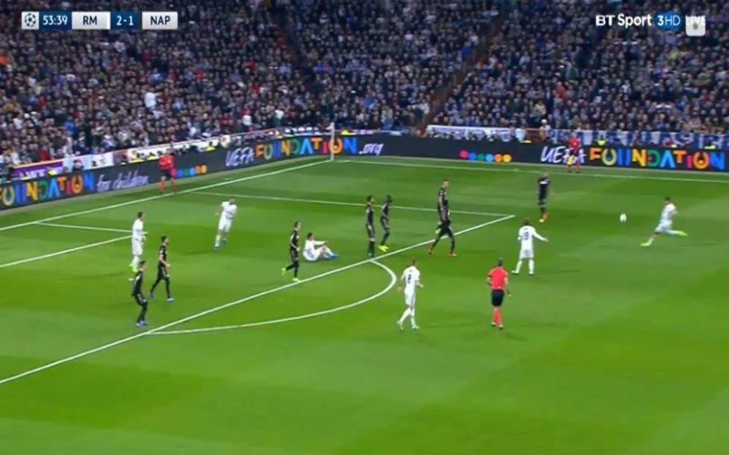 Casemiro scoort de 3-1 tegen Napoli met een verschroeiende volley vanop grote afstand (Video)