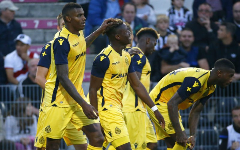 Club Brugge verstevigt leidersplaats na winst op Charleroi