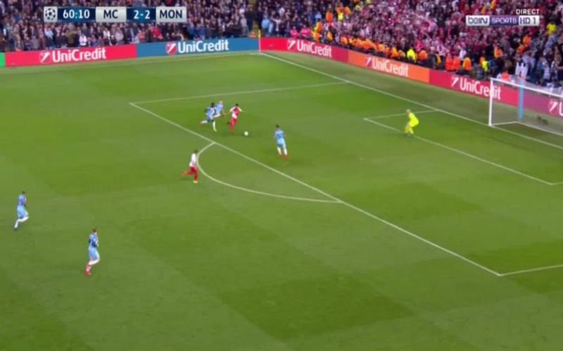 Falcao maakt verdediging van Manchester City compleet belachelijk (Video)