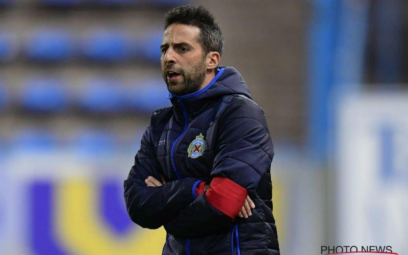 'Yannick Ferrera biedt zichzelf (verrassend) aan bij deze Belgische club'