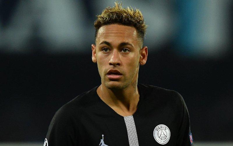 'PSG kan Neymar niet meer betalen: Vertrek dreigt'