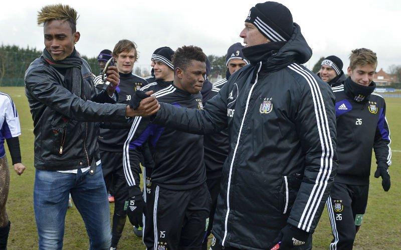 Kortrijk verrast en haalt Kanu (ex-Anderlecht) binnen