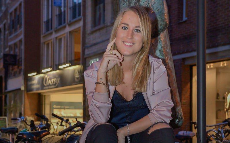 Kat Kerkhofs verklapt pikant geheim