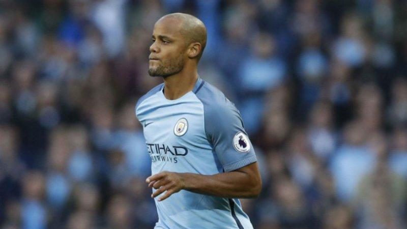 'Einde verhaal voor Kompany bij Manchester City, peperdure vervanger staat al klaar'