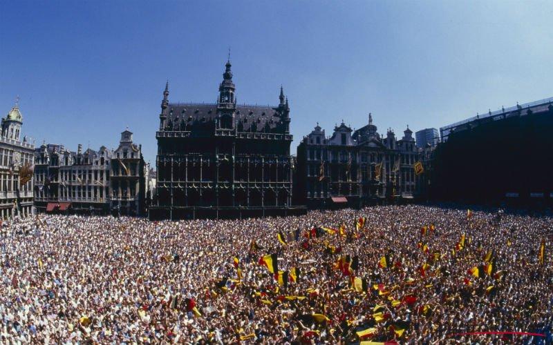 Rode Duivels krijgen huldiging op Grote Markt in Brussel
