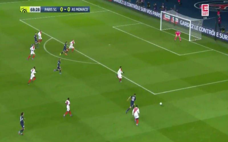 Thomas Meunier imponeert weer bij PSG met een fantastische actie tijdens topper (Video)