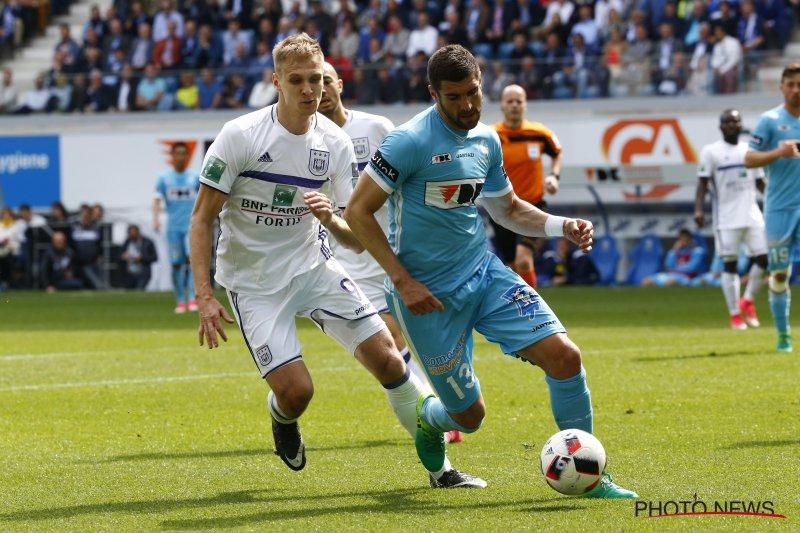 AA Gent reageert op afgeketste transfer van Mitrovic
