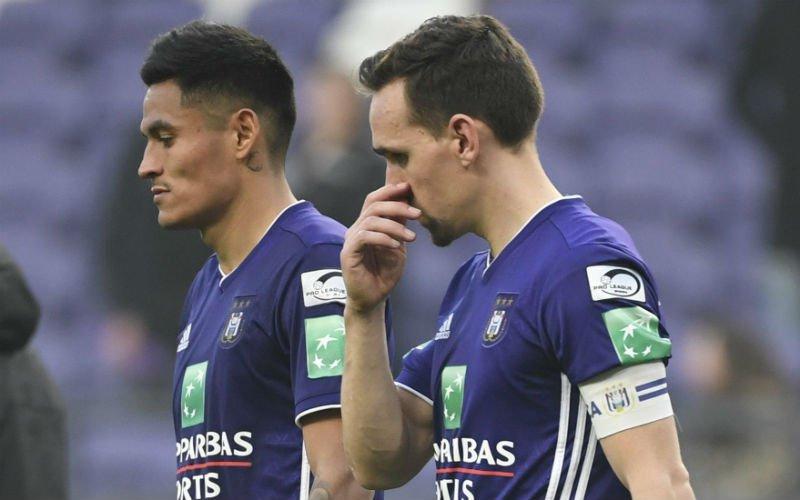 'Kompany grijpt onverwacht in en gooit Kums eruit bij Anderlecht'