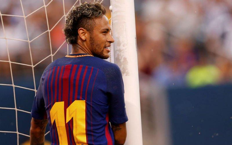 DONE DEAL: Neymar tekent voor 5 jaar bij PSG