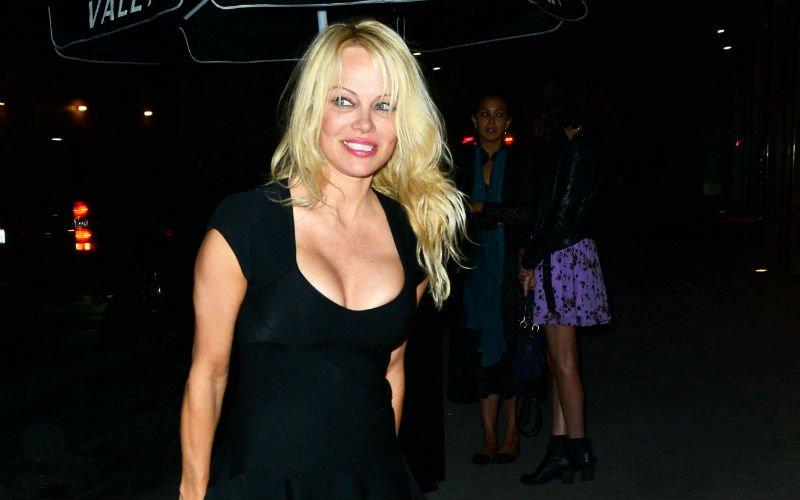 Opvallende transfer voor vriend van Pamela Anderson