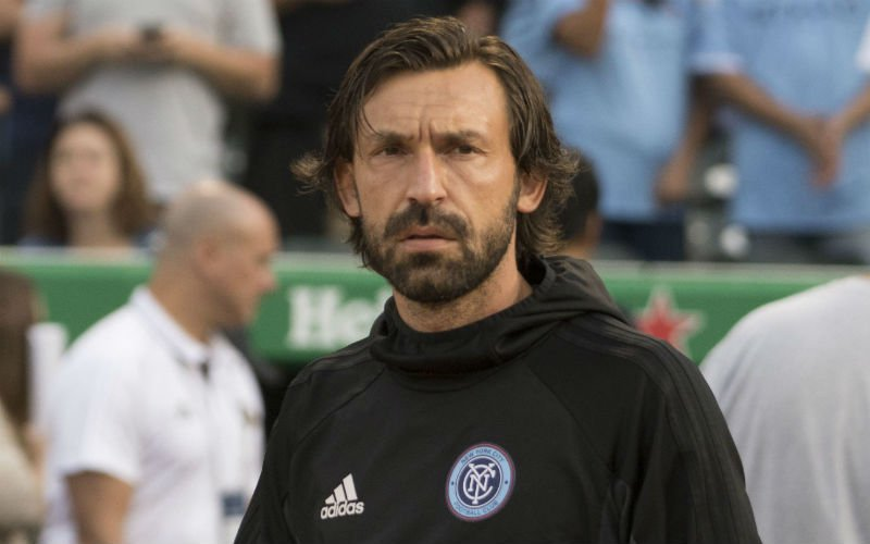 'Pirlo (39) keert terug uit pensioen en onderhandelt met onverwachte club'