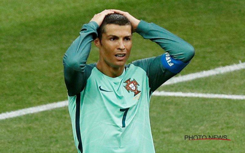 Portugal faalt hopeloos vanaf de stip en moet naar huis