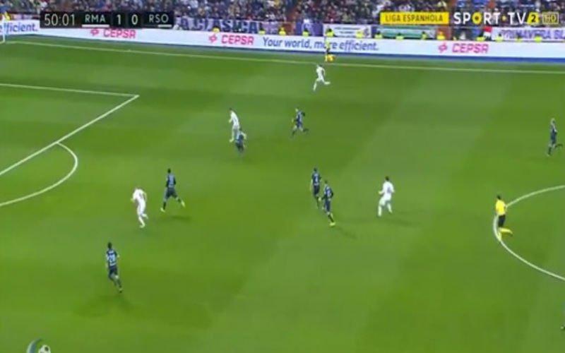 Cristiano Ronaldo scoort met een heerlijke lobbal (Video)