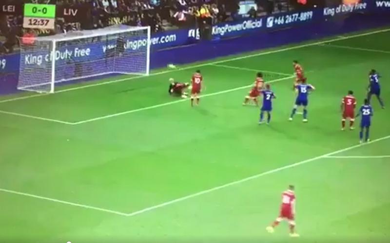 Salah laat onmisbare kans liggen...maar scoort nadien wel (video)