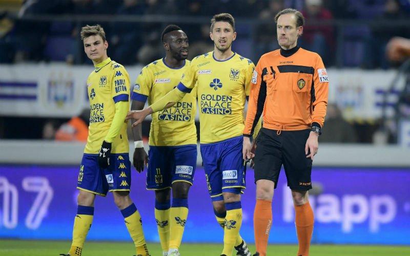 Ref Wim Smet reageert zeer verrassend na onterecht toegekende penalty voor Anderlecht